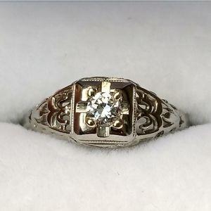18k Vintage late 1930s engagement diamond ring